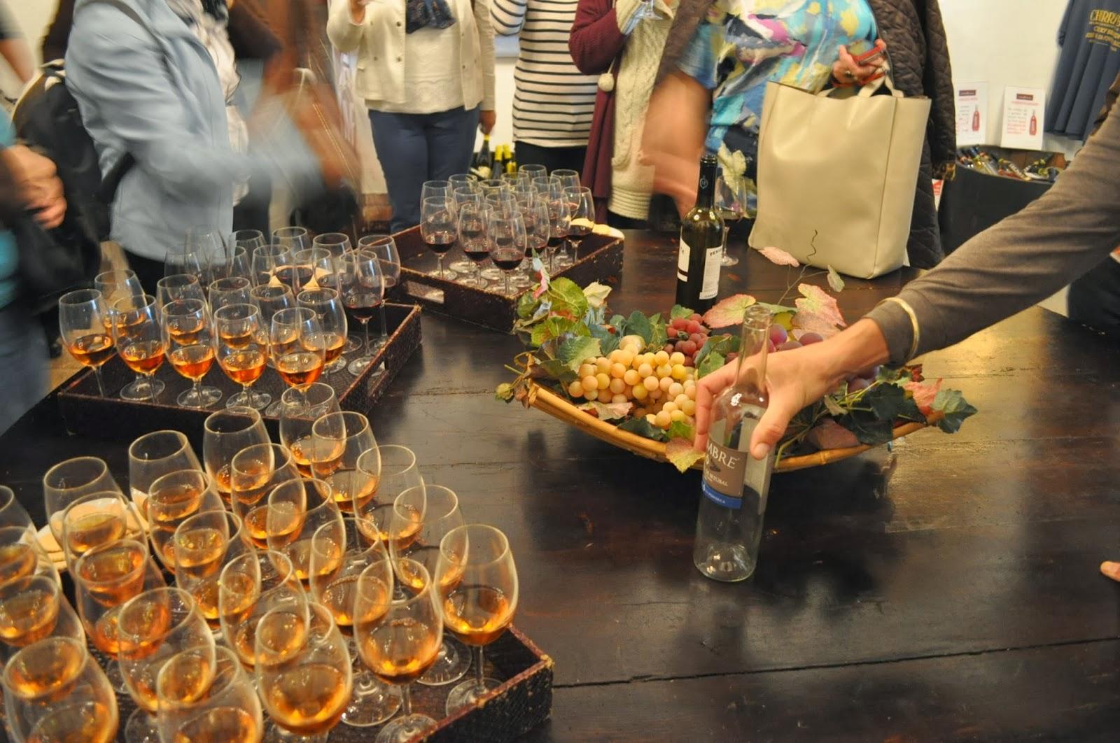Посещението на избата Фонсека включва и дегустация на местните реномирани вина от района Алентежо, известен с превъзходните си вина.