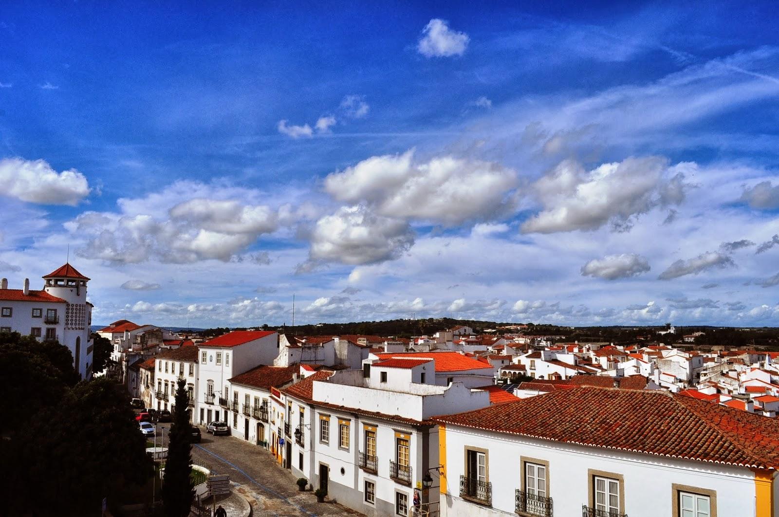 Евора е един от най- античните градове в Португалия с над 2000 -годишна история