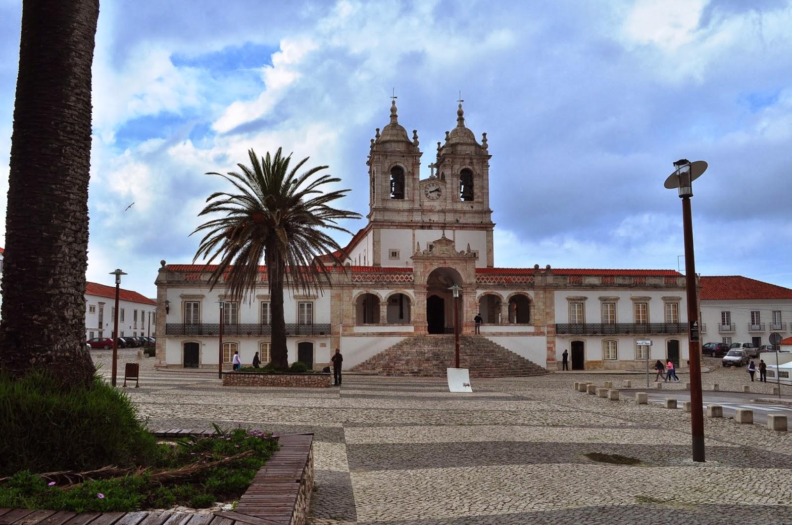 Мястото е свято за католиците. В бароковата му църква се съхранява поредната чудотворна икона на Дева Мария.
