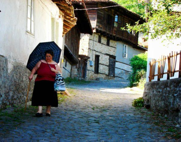 Елена е  град, обвеян с носталгия