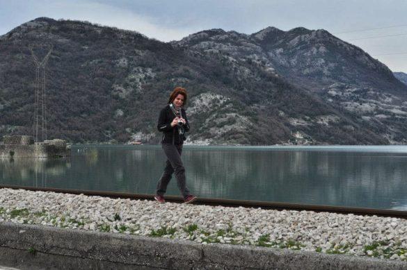 На връщане към БГ се спряхме за няколко кадъра на Шкодренското езеро - най-голямото на Балканите, разпростряло сивите си води между две държави- Черна гора и Албания.