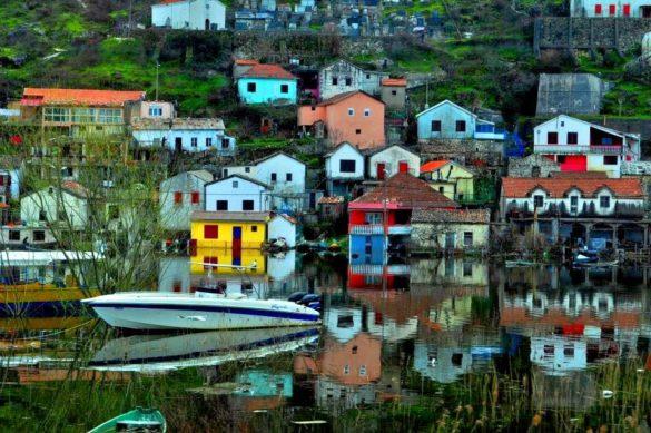 Снимките са правени през мръсното стъкло на  автобуса в движение . Сбогом Черна гора, Албания и Хърватска. Кога ли ще ви видя пак??