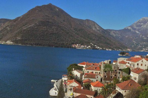Но природата им е запазена, както и градчетата с техния типично средиземноморски дух.