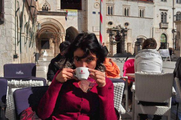 Кафето им е добро, освен това е едно от малкото неща, достъпни за нашия бг джоб.