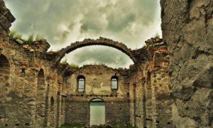Потопената църква на язовир Жребчево
