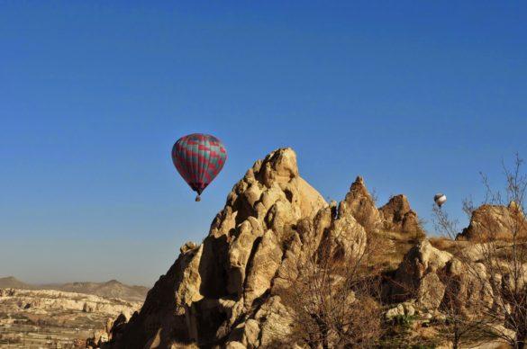 Всички от групата, които летяха с балон бяха във възторг от преживяването и заявиха, че си струва всеки цент от 150-те евро на калпак.