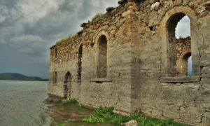 On the trail of lost time: the submerged church of Zhrebchevo dam