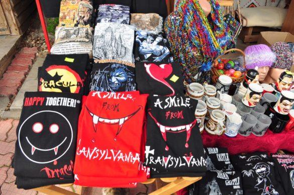 Легендата за Дракула се е превърнала в доходен бизнес, макар че очаквах по-интересни сувенири и атракции.
