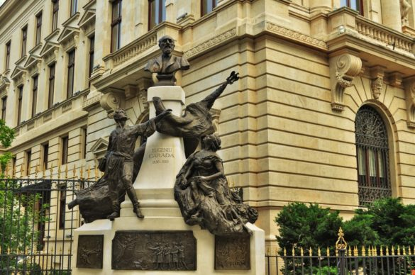 Имахме на разположение около два часа, за да направим набързо един тигел в центъра на Букурещ, но останахме очаровани от това, което видяхме.