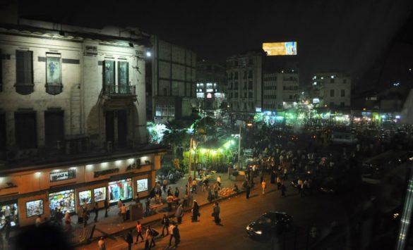 Късче от прословутия площад Тахрир, заснет в движение.