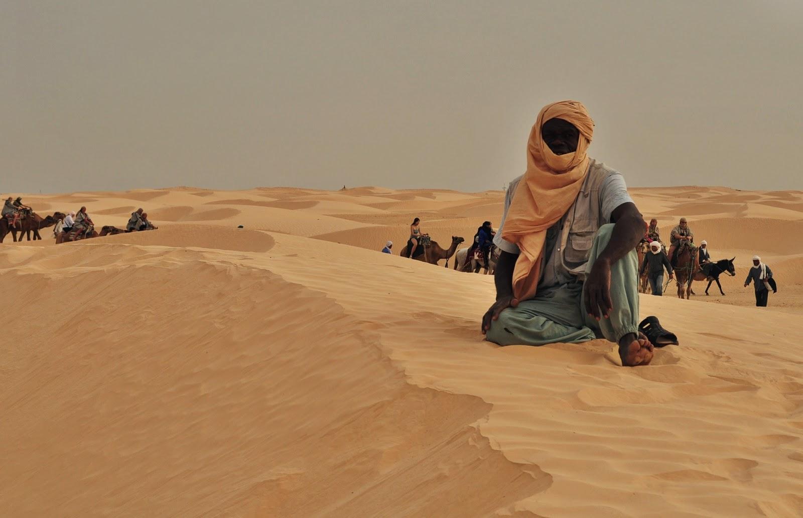 По принцип тунизийците не обичат да ги снимат, но този се оказа истинска находка.