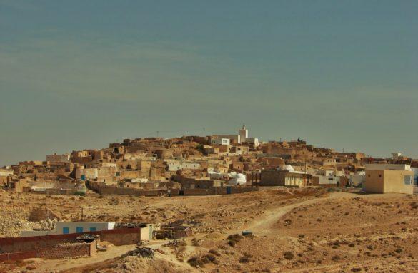 Пустинята, подобно на България, се обезлюдява. Често минавахме покрай изоставени селища ghost towns. Тъжна гледка.