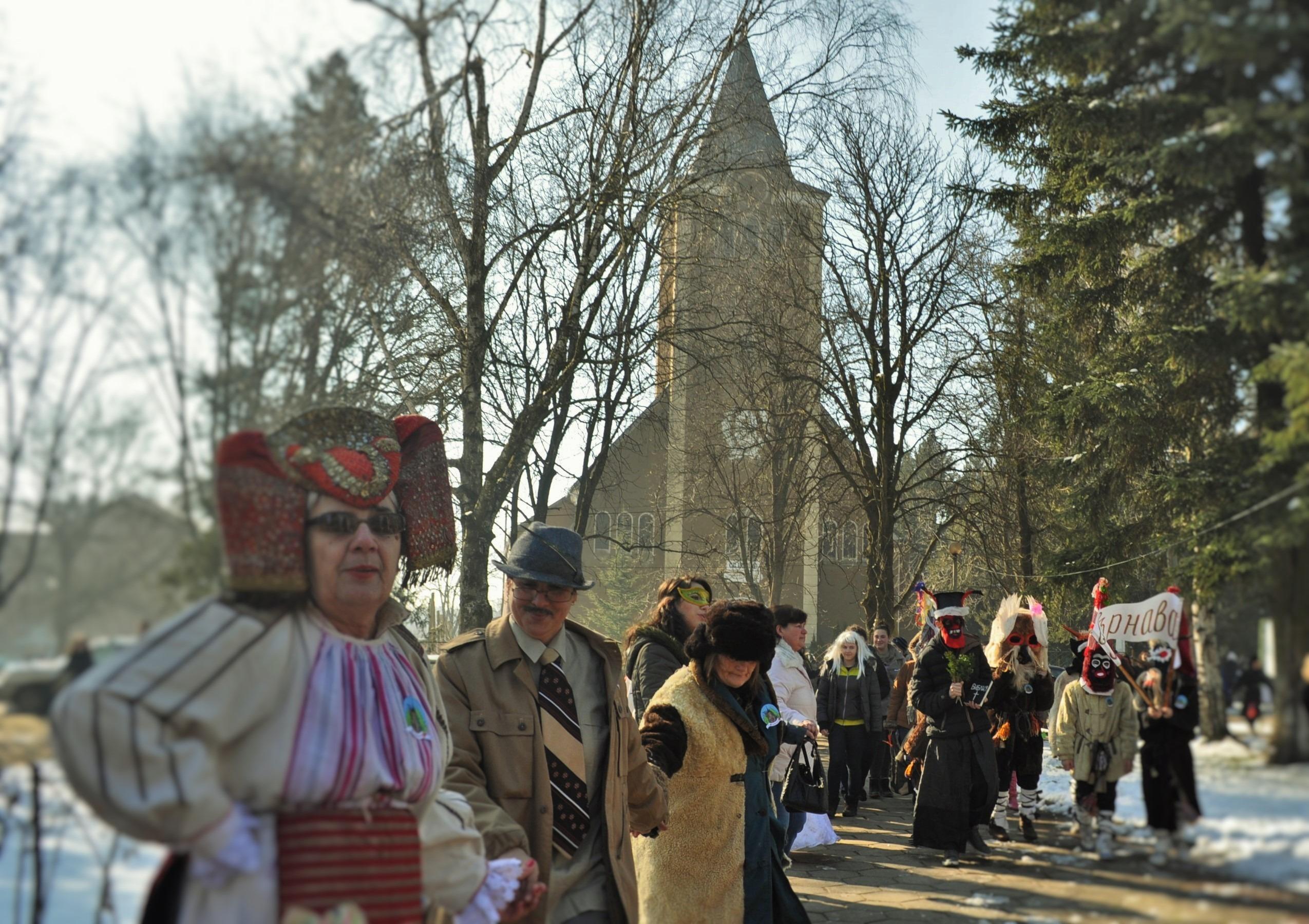 """Карнавалното шествие """"Фаршанги"""" през м. февруари"""