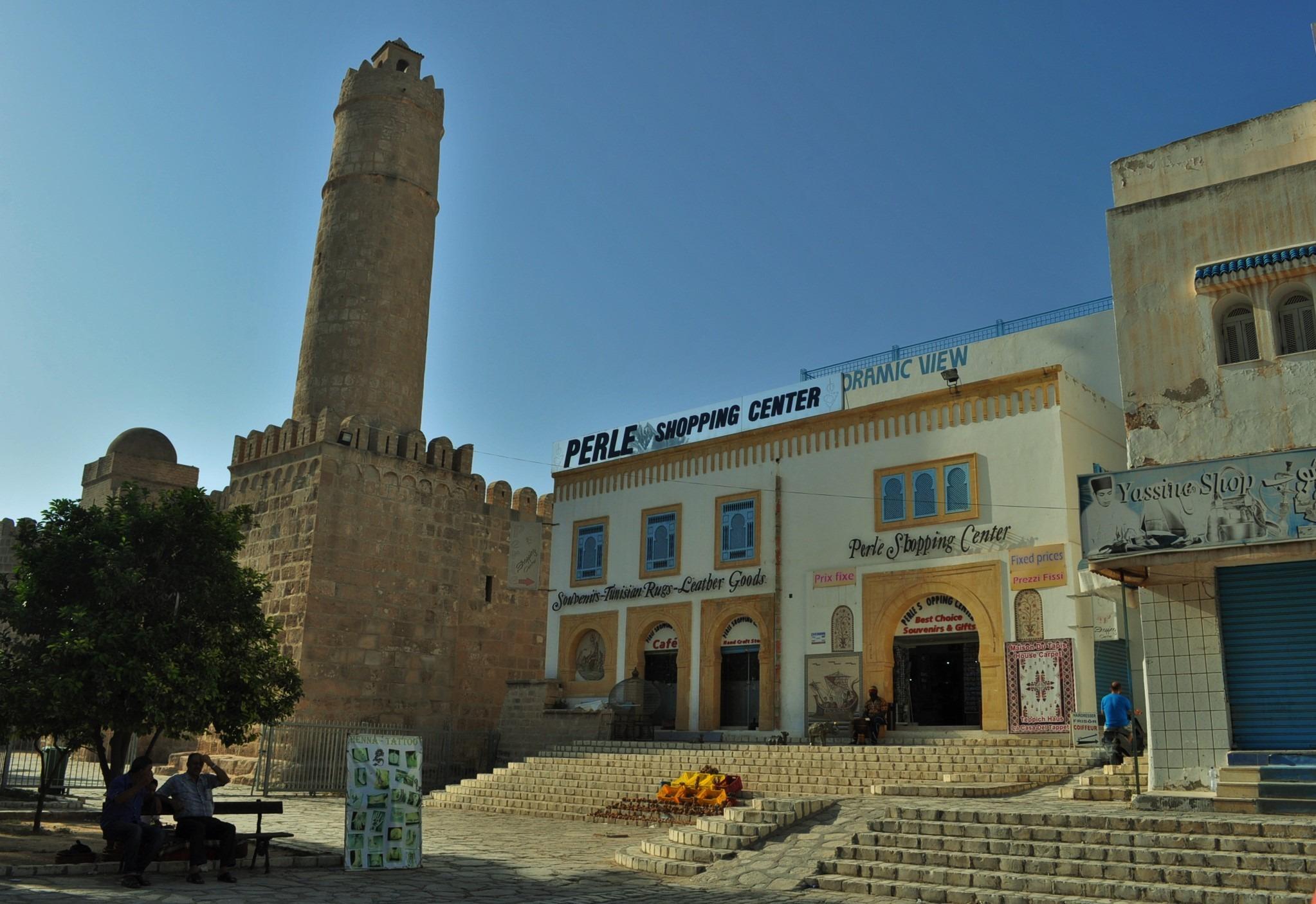 Отседнахме в град Сус /Sousse/- един от най-старите в Тунис, основан още от финикийците