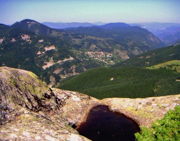 Скалният феномен Белинташ – загадката на Родопа