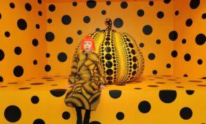 Яйой Кусама или да превърнеш лудостта в изкуство VIDEO