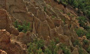 Село Стоб и Стобските пирамиди – истории за минало и настояще