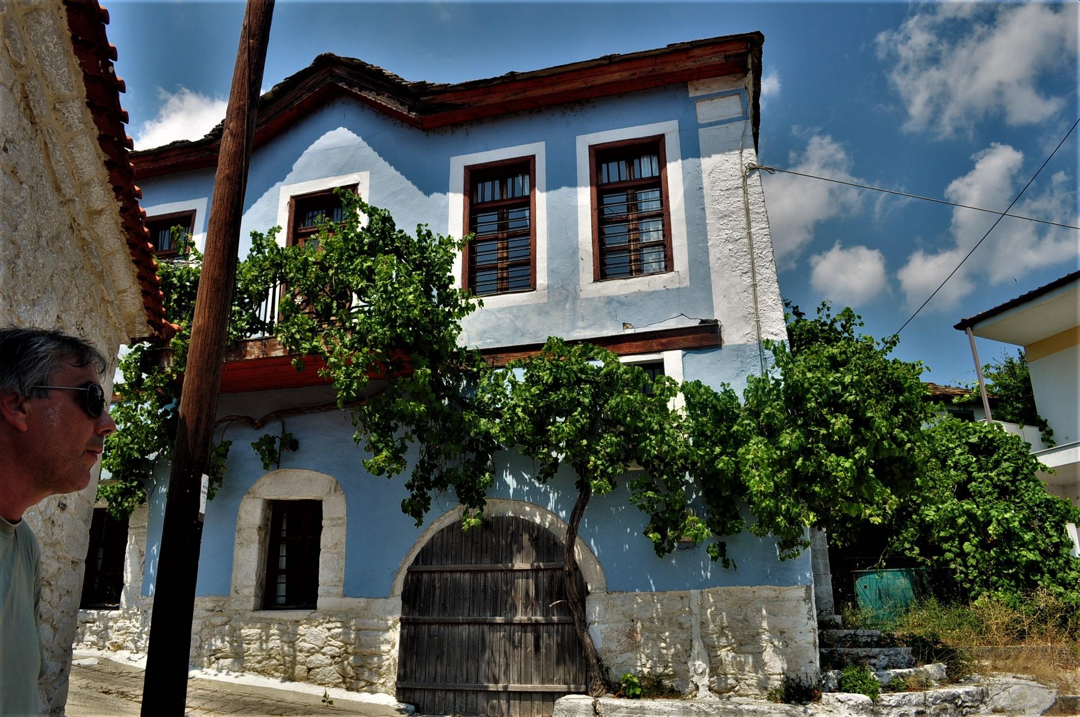 Скрито дълбоко в планината се намира Теологос – старата столица на Тасос.