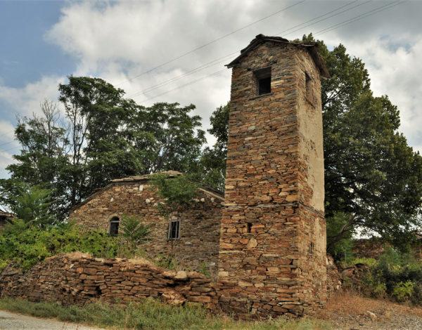 Те са самотни и зловещо красиви – вижте 6 църкви в района на Ивайловград