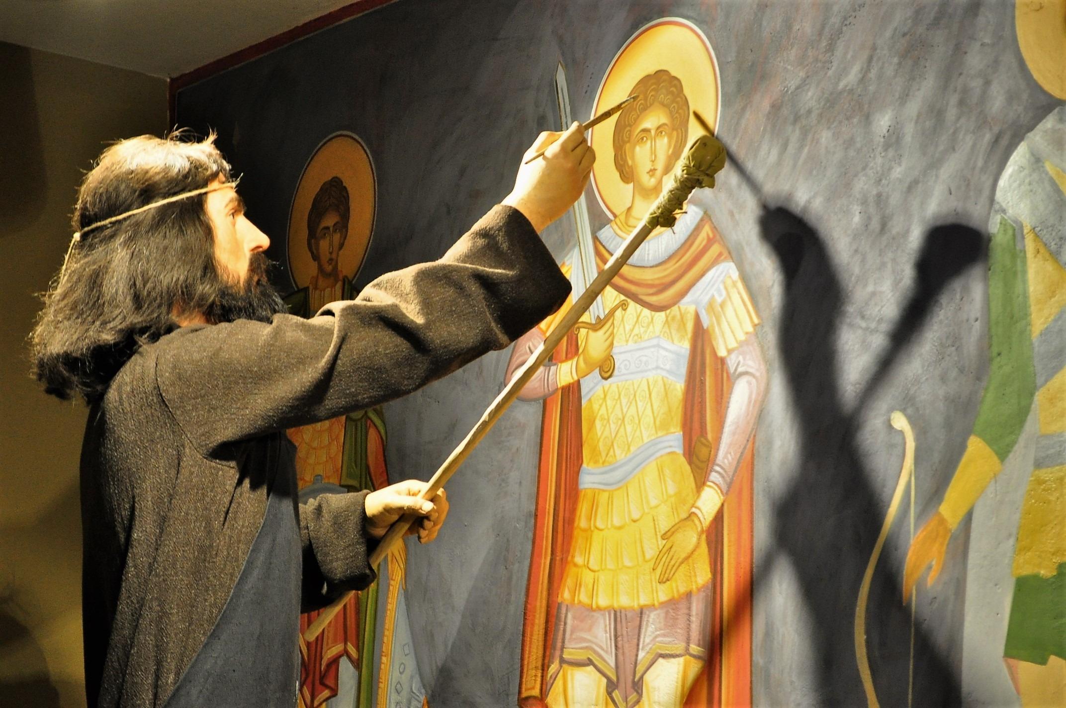 """В него """"оживяват"""" средновековни владетели от Второто българско царство, боляри, обикновени хорица и занаятчии."""