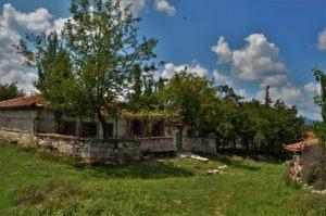 село Лисиците къща