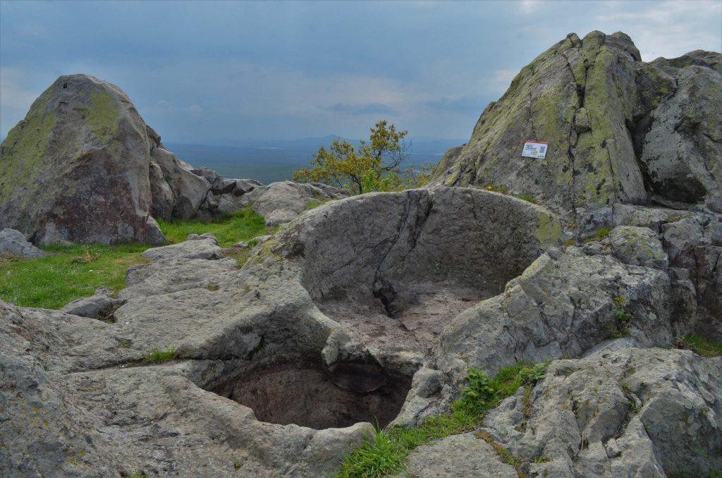 Аврамов камък - шарпани