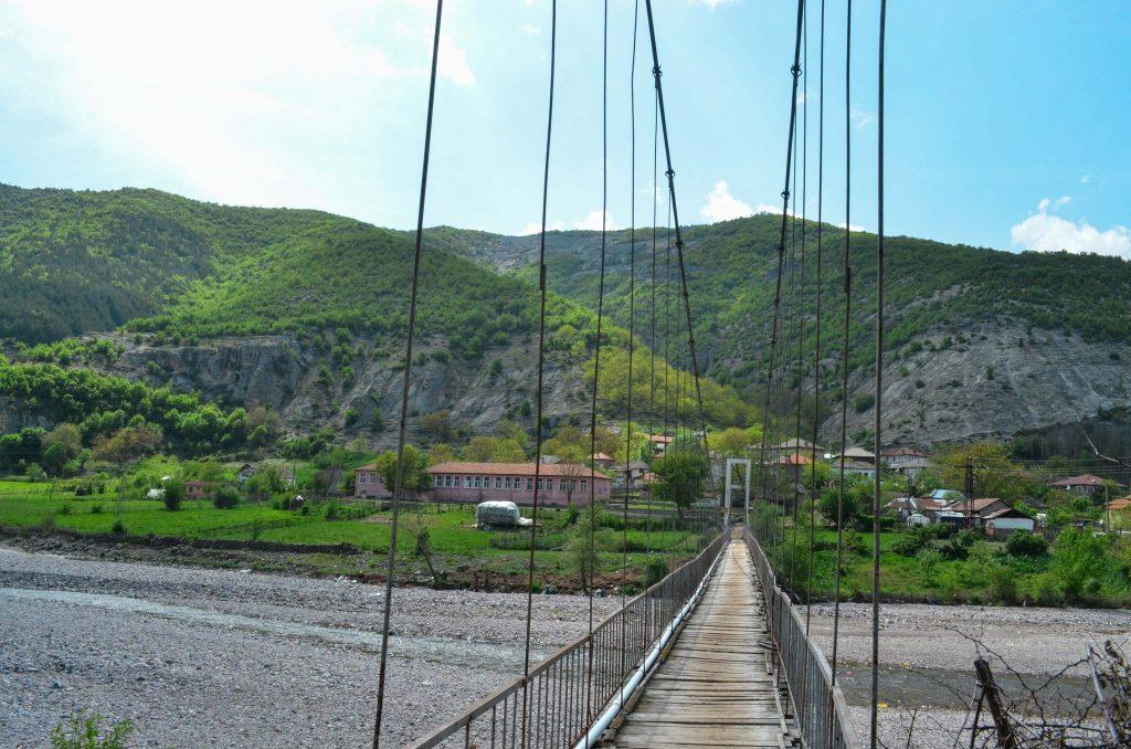 скални ниши край село Ненково