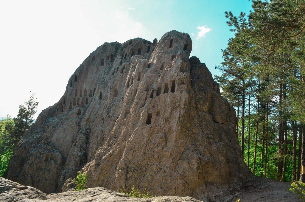 скални ниши Орлови скали