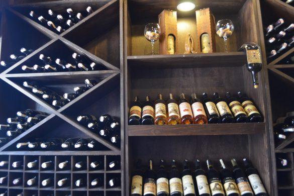 Жителите на Мидят имат вековни традиции в произвоството на вино
