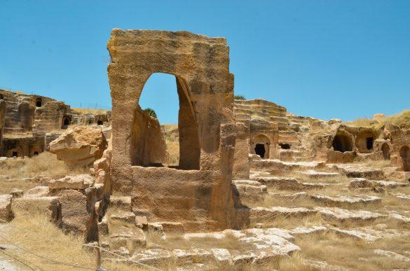 Със своите 9 км. площ скалният град е бил с огромни за времето си мащаби.
