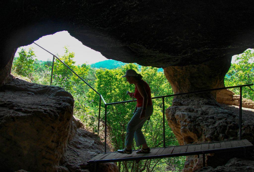 Българските пещери - Ивановски скални манастири