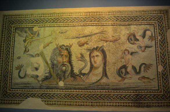 Морското божество Титан  и неговата съпруга Тетис