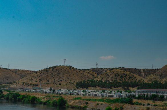 Лагерът е разположен край р. Ефрат