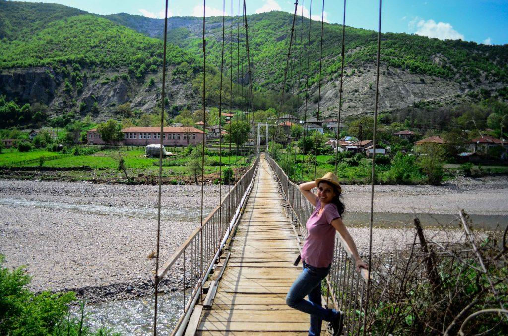 Въженият мост на Ненково