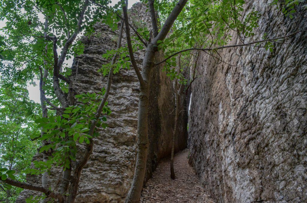 Пропадалото край Реселец каменен коридор