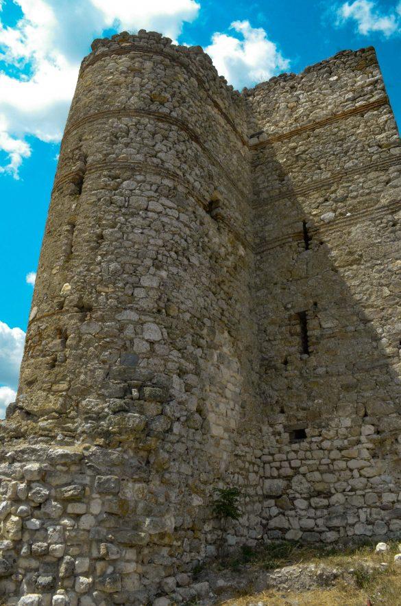 """Тук Балдуин Фландърски прекарва първата си нощ като затворник. Затова местните я наричат """"Балдуиновата кула"""""""