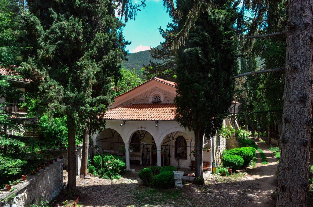 Мъглижки манастир църква