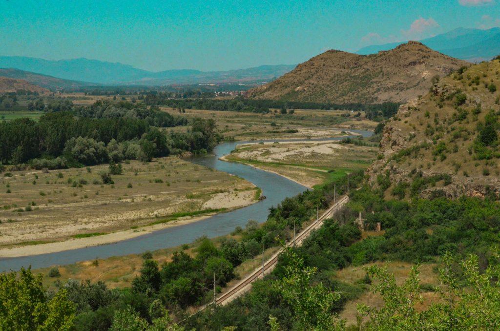 """скалния манастир """"Свети Пантелеймон"""" река Струма"""