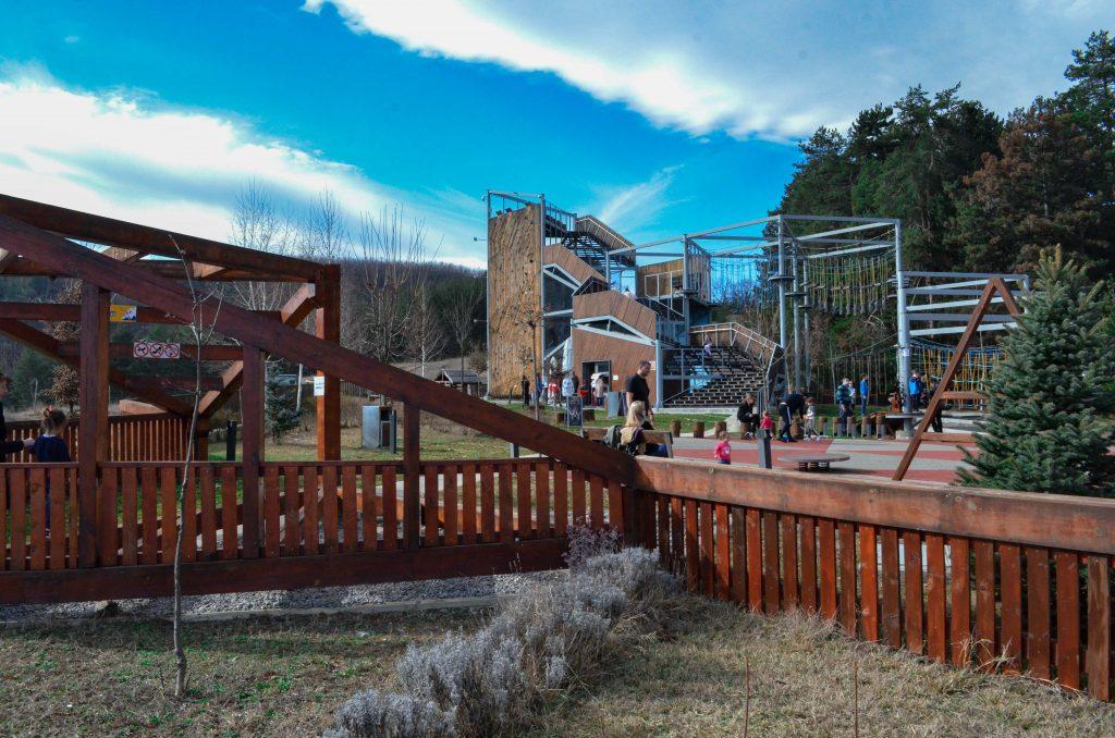 село Чавдар въжен парк атракцион